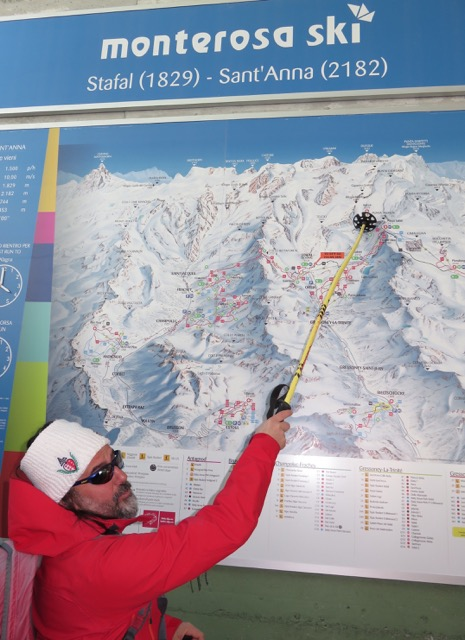 A Monte Rosa guide describes to skiers the days ski route